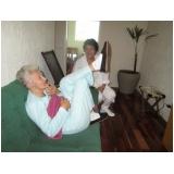 clínica para idosos doentes